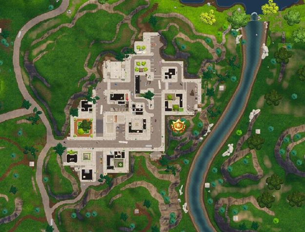 Follow the treasure map found in Pleasant Park Tilted Towers Battle Star Location