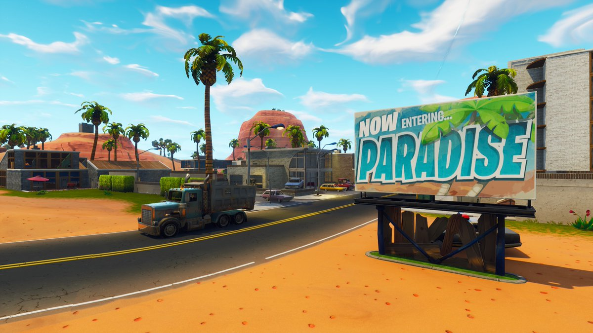 Paradise Palms Welcome Sign