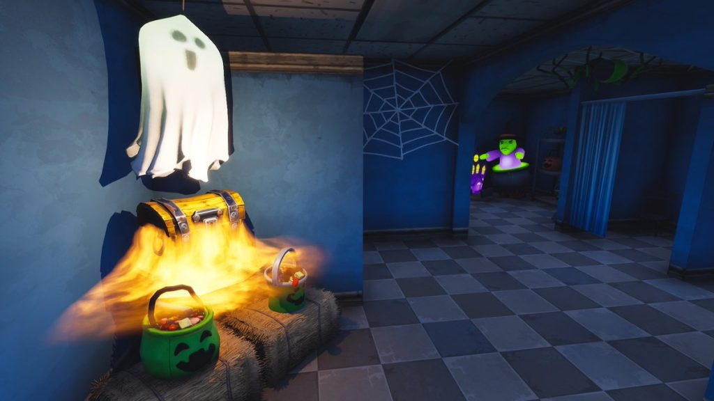 Halloween Shop at Retail Row