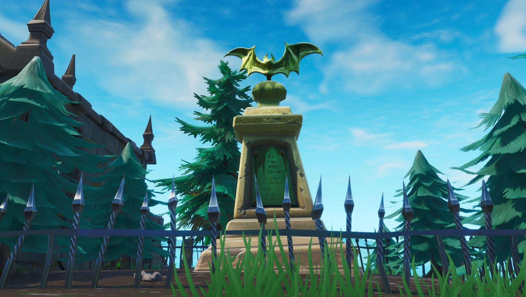 Fortnite Bat Statue
